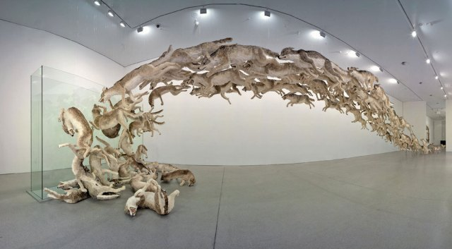 Head On, installation by Cai Guo-Qiang